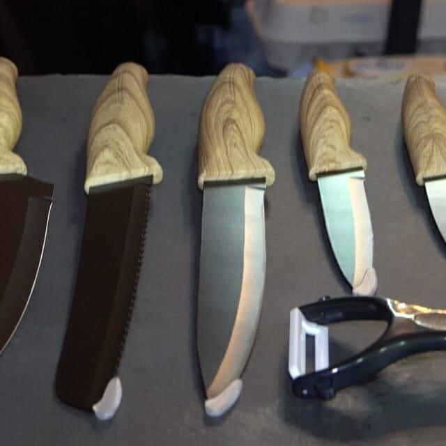 kit conjunto de 5 facas mais descascador premium da blackinox2